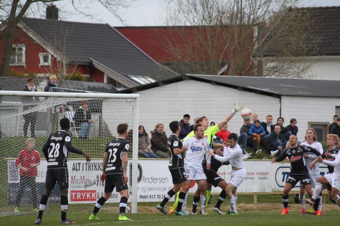 1-0 Joe FFK 16